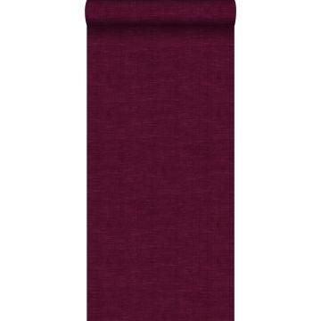papel pintado liso con efecto lino rojo burdeos de ESTA home