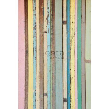 fotomural madera pintada rosa claro, amarillo, azul y verde de ESTA home