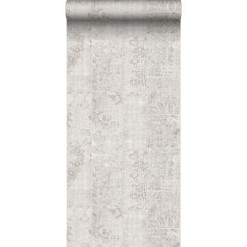 papel pintado patchwork kilim gris claro de Sanders & Sanders